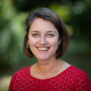 Dr Susan James Relly